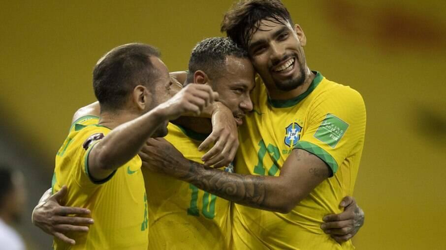Brasil supera o Peru sem sustos