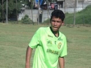 Octávio, de 16 anos, já passou por equipes do Paraná e do interior de São Paulo