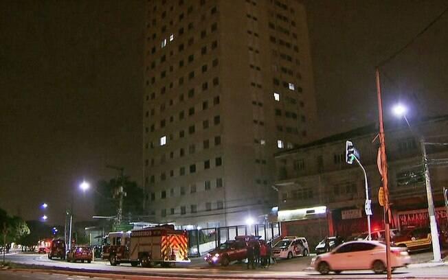 Polícia investiga queda de criança de 4 anos do quinto andar de prédio na zona oeste de São Paulo