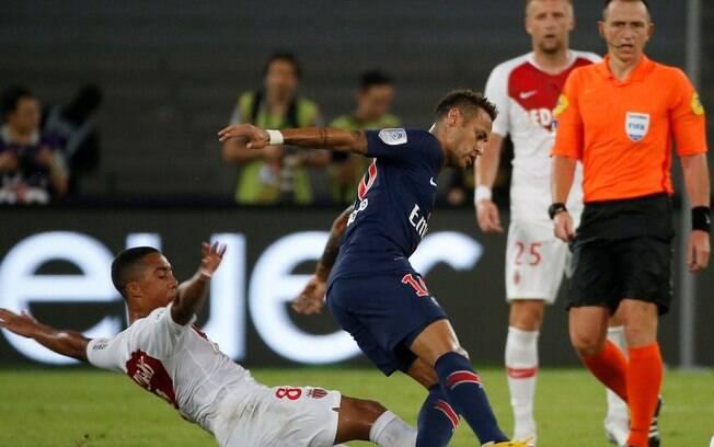 Neymar entrou no segundo tempo de PSG 4 x 0 Monaco, jogo da Supercopa da França