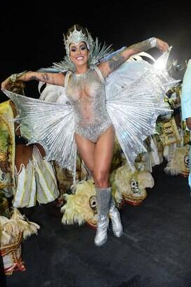 A rainha de bateria da Vila Maria, Dani Bolina. Foto: Ag News