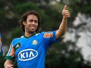 Volta de Valdivia é um dos trunfos do Palmeiras para vencer o jogo desta terça-feira