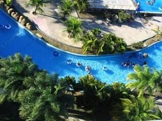 Veneza Water Park é diversão garantida para crianças, a 30 quilômetros de Recife