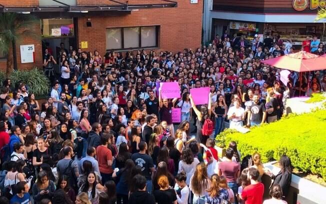 Bolsonaro cancela visita à Universidade Presbiteriana Mackenzie, em São Paulo, após convocação de protestos