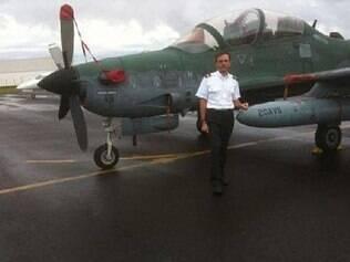 O piloto mineiro Geraldo Magela deixa a esposa grávida de 7 meses e um filho de 4 anos
