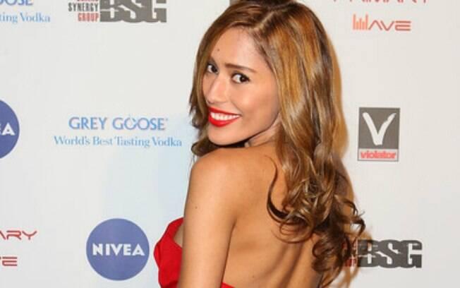 Rebecca da Costa no tapete: 'Eu mesma faço meu cabelo e maquiagem'
