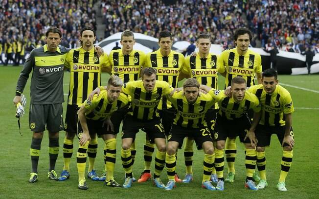 Time titular do Borussia na foto oficial  antes do jogo