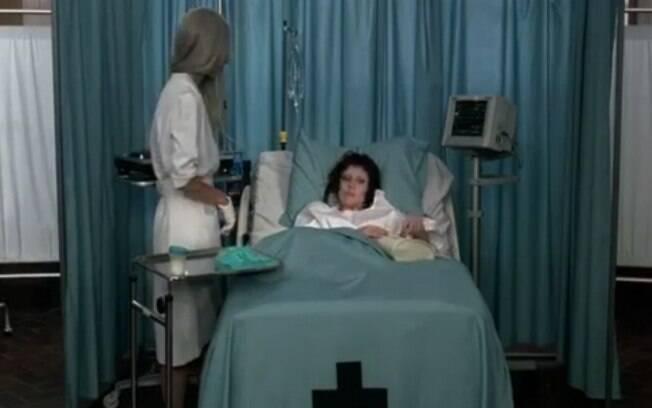 Lady Gaga em uma clínica psiquiátrica para seu novo clipe
