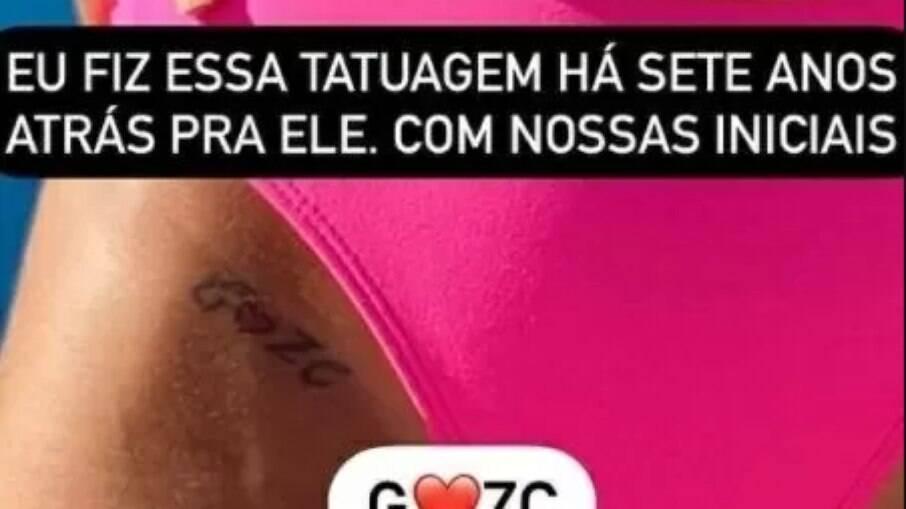 Graciane Lacerda mostra foto da tatuagem para Zezé Di Camargo na virilha