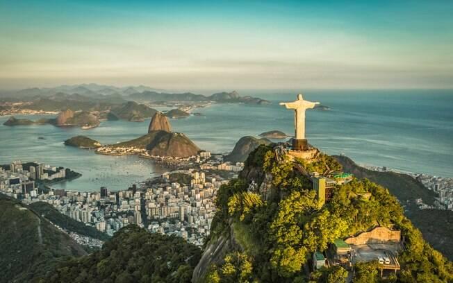 O Rio é o destino que apresenta os melhores valores de passagens aéreas para o feriado, mas as diárias são as mais caras