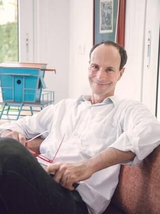 O terapeuta Luiz Alberto Hanns tira dúvidas sobre a vida a dois