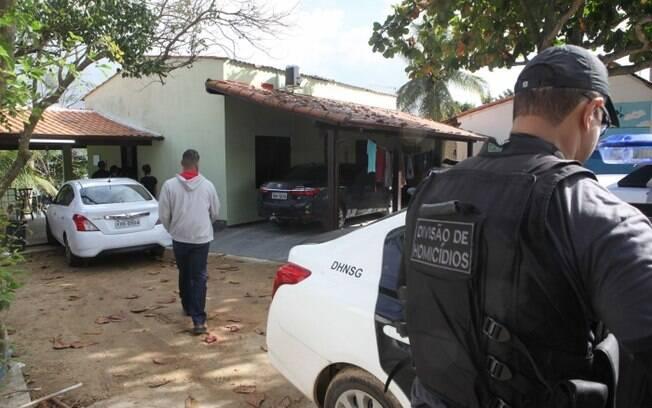 Polícia Civil investiga morte de vereador e filho em Maricá