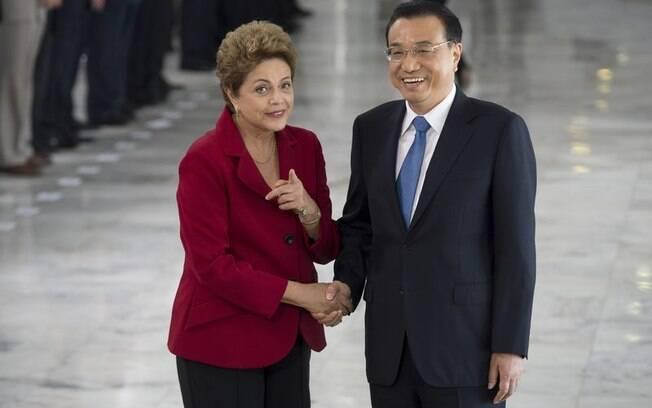 Chefe de governo chinês chegou por volta das 10h30 ao Palácio do Planalto
