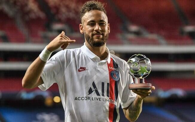 Neymar foi o craque da partida contra a Atalanta