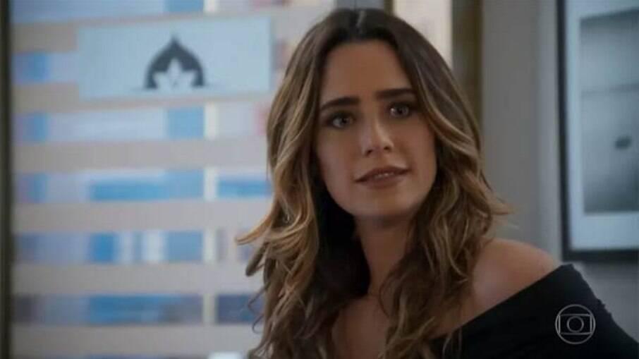 Com medo de ter seu segredo revelado, Bruna planeja acabar com a vida de Camila
