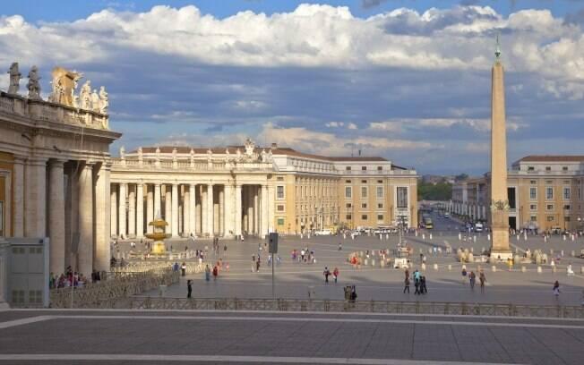 Piazza San Pietro é um dos cartões-postais de Roma