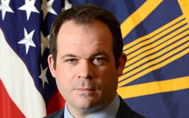 Eric Chewning vai deixar cargo para retornar ao setor privado, de acordo com a secretaria de imprensa do Pentágono.