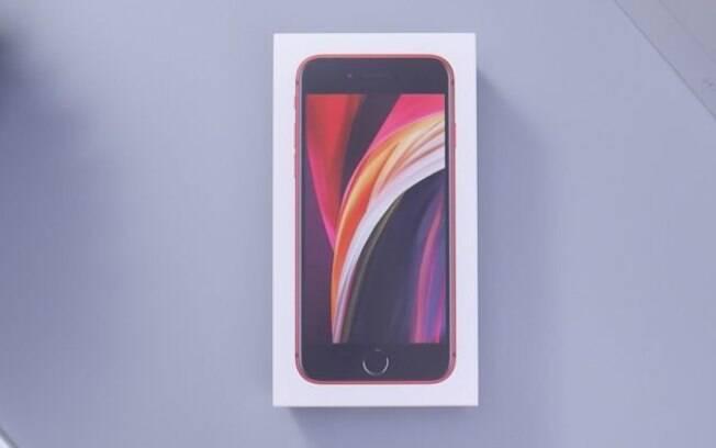 Leilão da Receita tem iPhone SE 2 a partir de R$ 360 e mais produtos Apple