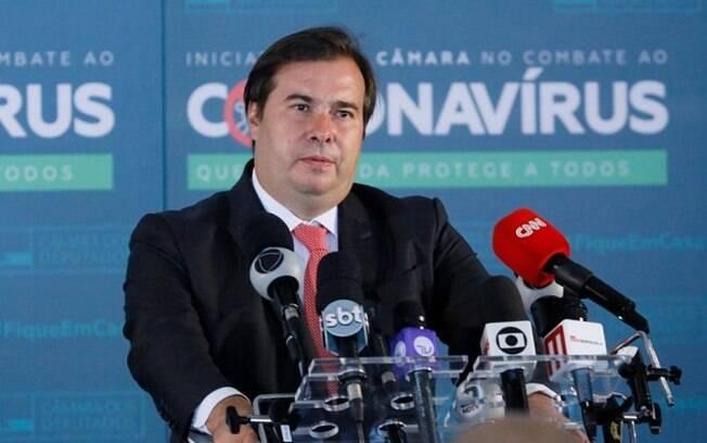Maia em entrevista coletiva sobre a atividade legislativa durante a crise causada pelo novo coronavírus