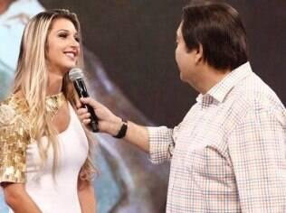 Tatiele Polyana comete gafe no palco do 'Domingão do Faustão', quando disse que se a carreira não der certo, viraria bailarina