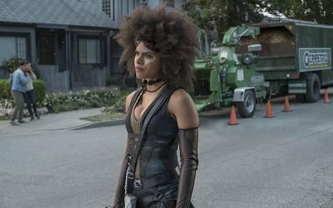 Domino (Zazie Beetz) é uma das gratas surpresas de Deadpool 2