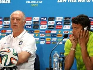 Felipão e Thiago Silva falaram na entrevista sobre o controle dos sentimentos antes de jogos decisivos