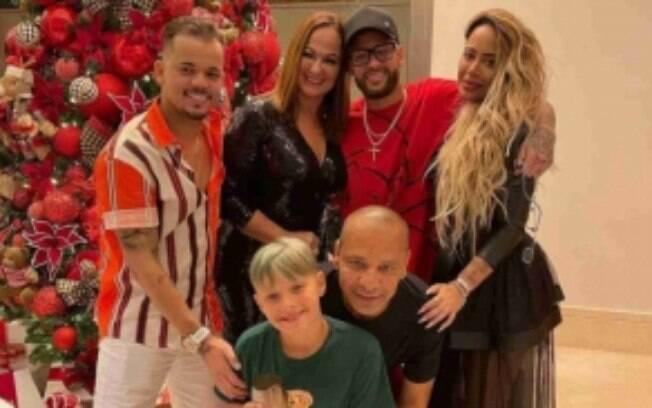 Neymar passou o Natal ao lado da família