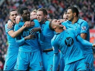 Tottenham comemora retomada dos triunfos após tropeços e demissão de Villas-Boas