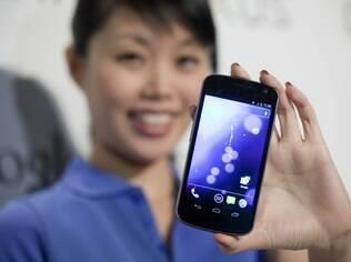 Samsung, fabricante do Galaxy Nexus, ajudou o Android a representar 60% dos aparelhos vendidos no quarto trimestre de 2012