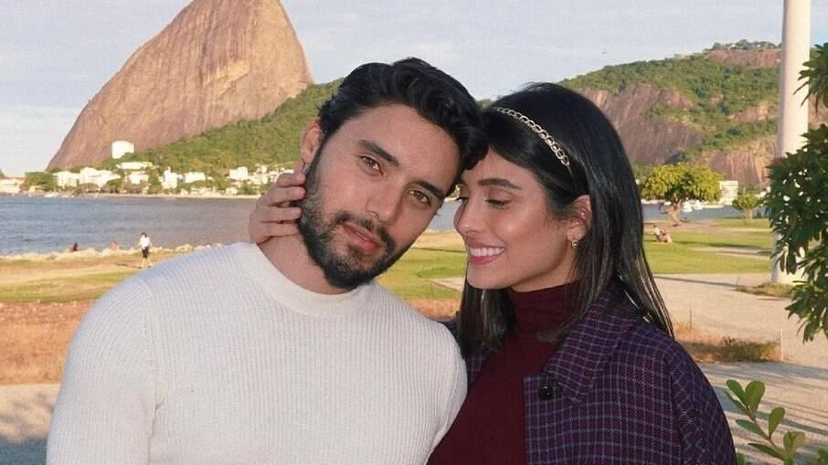 Leticia Almeida e Bruno Daltro