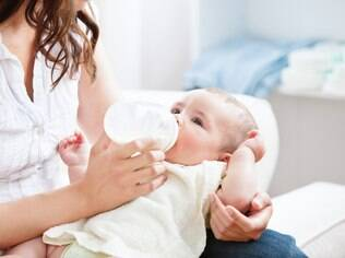 O nível de escolaridade da babá também é importante. Ela vai participar da educação da criança