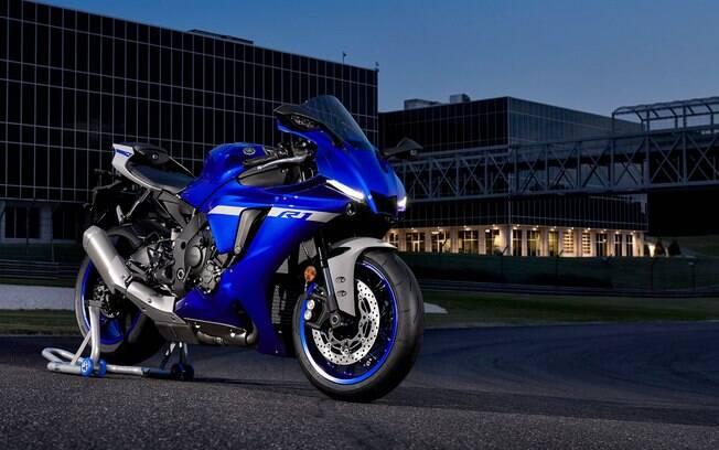 Novas Yamaha R1 e R1M chegam com atualizações, sempre para favorecer o desempenho e o condutor