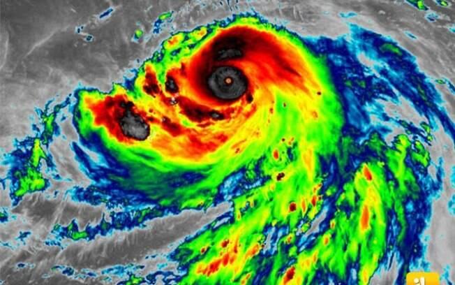 Tufão deixou rastro de destruição no Japão