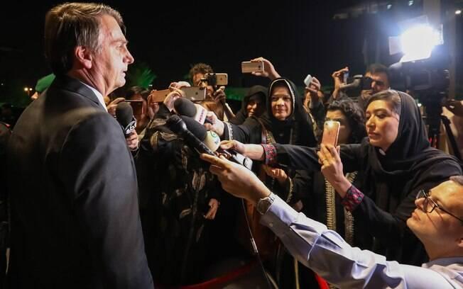 Bolsonaro quer ser convidado para horário nobre de Globo.