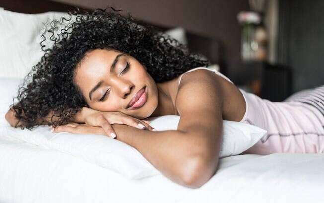 O pós-carnaval vai te deixar cansada, então não se cobre tanto e não deixe de dormir bem para ficar recuperada