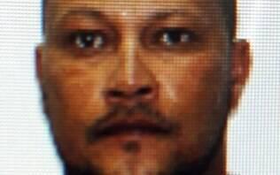 Homem é acusado de matar asfixiada esposa e tentar forjar suicídio