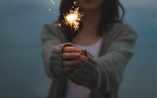 Para muitos, ser uma pessoa solteira durante as festas de fim de ano é um saco, mas saiba que a situação tem vantagens