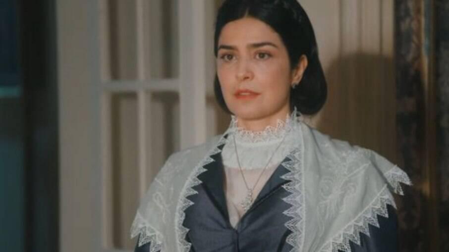 Thereza não gosta das novas regras impostas por Luísa