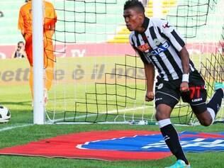 Após Botafogo e Udinese, Maicosuel vai defender mais um alvinegro em sua carreira