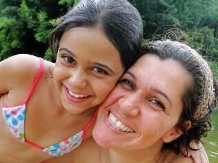 A médica veterinárina Kátia Bizaroli procura estar sempre atenta ao comportamento da filha Bruna, de 10 anos, para evitar mentiras em casa