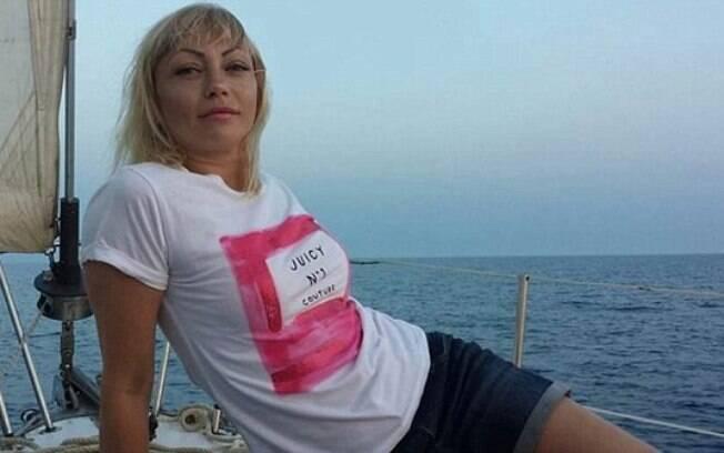 Natalya Nikandrova, de 35 anos, era professora particular do garoto de 15; polícia afirma que ela seduziu menor de idade