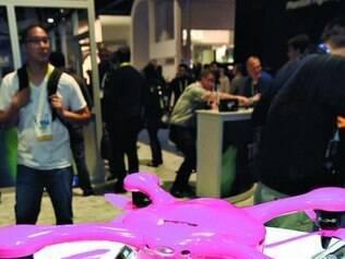 Drone da EHang, controlado por smartphone, pousa com um clique
