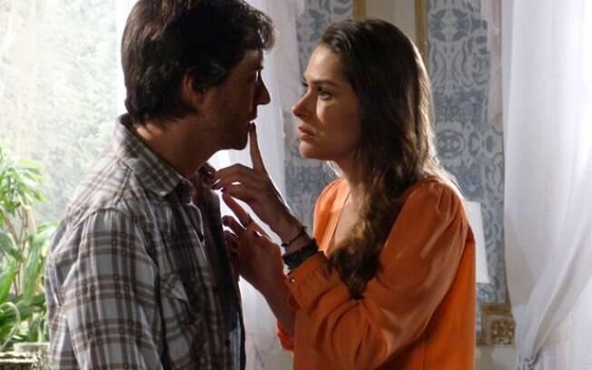Leila sugere que Thales aplique novo golpe e seduza Natasha