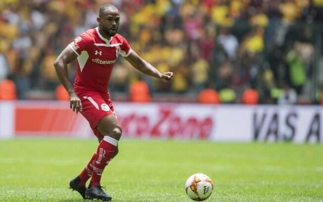 São Paulo fecha contratação do meia William, ex-Palmeiras e Toluca
