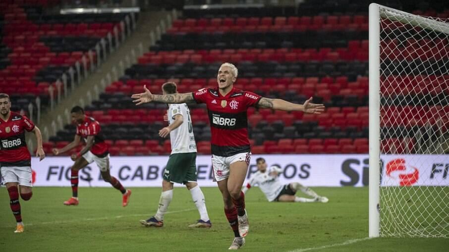 Flamengo e Palmeiras se enfrentaram na primeira rodada do Brasileirão