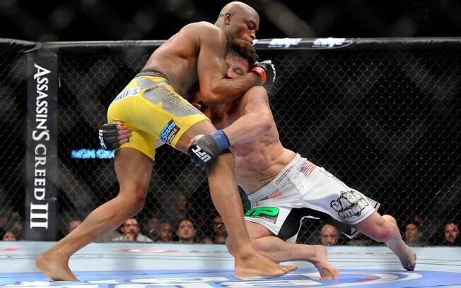 Sonnen até tentou derrubar Anderson Silva no  UFC 148, em julho de 2012