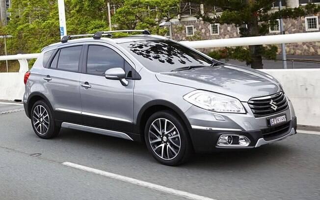 Suzuki S Cross  antes da reestilização também faz parte da lista dos SUVs seminovos que menos gastam  gasolina