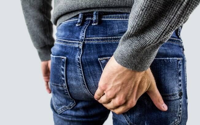 Os alimentos para hemorroida certos ajudarão você a melhorar o funcionamento do intestino e atenuar o problema