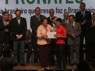 POLITICA BH MG: DILMA ROUSSEF PARTICIPA DA CERIMONIA DE FORMATURA DE 1500 FORMANDOS DO PRONATEC.  FOTOS: DENILTON DIAS / O TEMPO / 07.04.2014