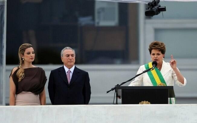Ex-presidente Dilma Rousseff chegou ao posto mais alto da nação após integrar o primeiro escalão do governo Lula